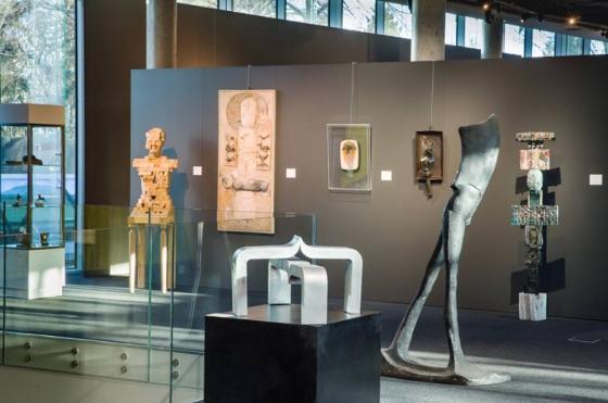 Desa Unicum: Rzeźba i formy przestrzenne aukcja 2018.jpg