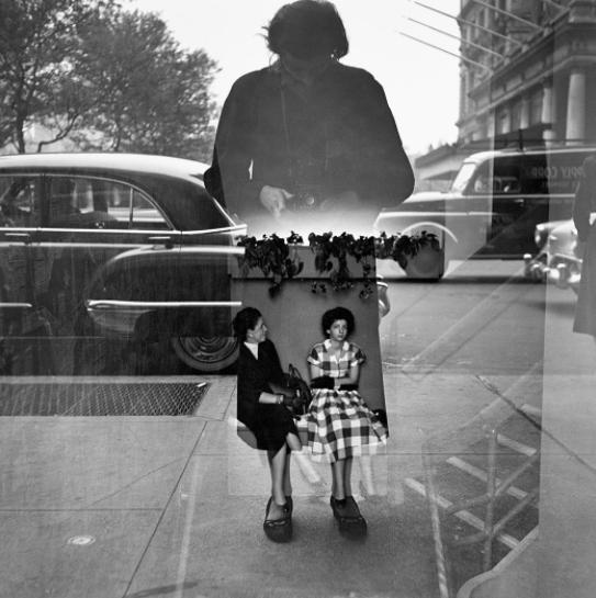 Vivian Maier: autoportret: foto 9.jpg