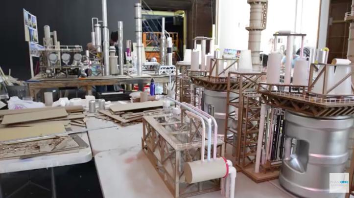 La Chapelle: makieta: fabryki.jpg